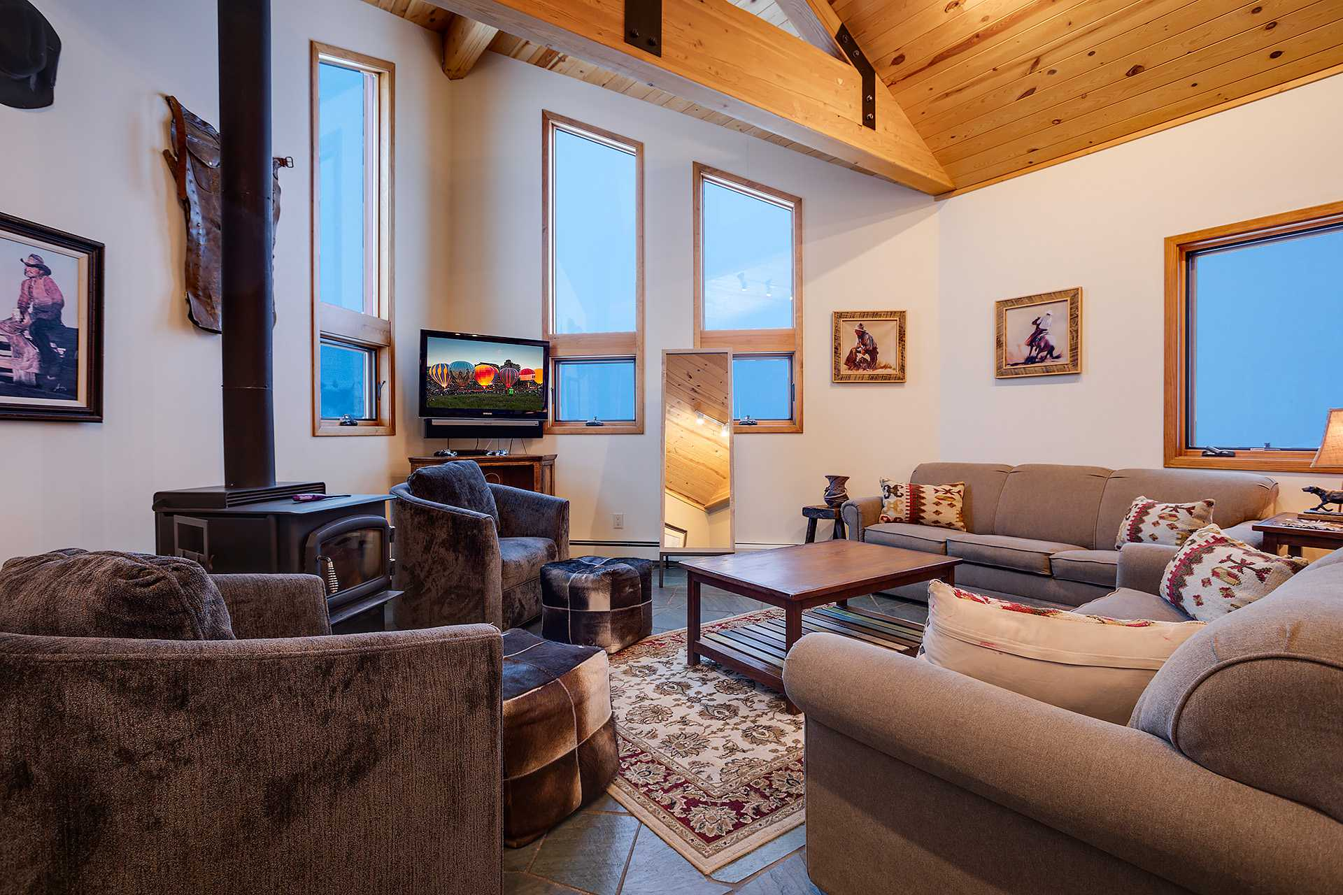 Ski Trail Lodge I