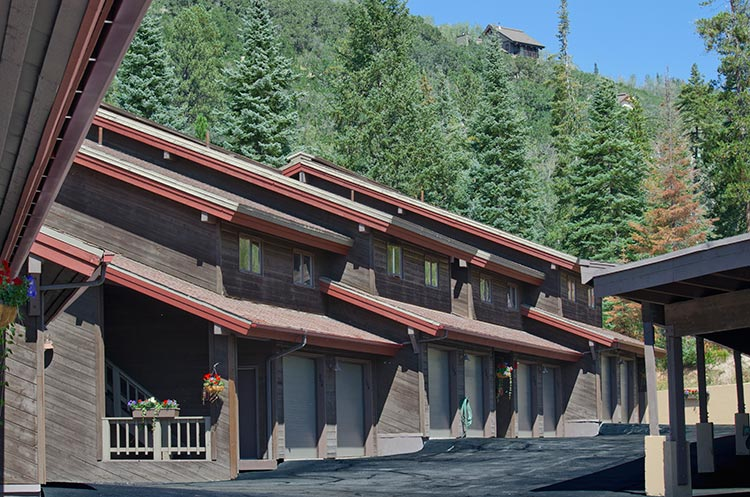 Burgess creek townhomes steamboat springs vacation for Cabin rentals near steamboat springs