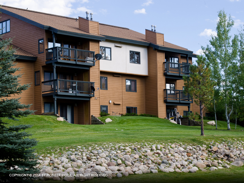 P303B - The Pines Condominiums