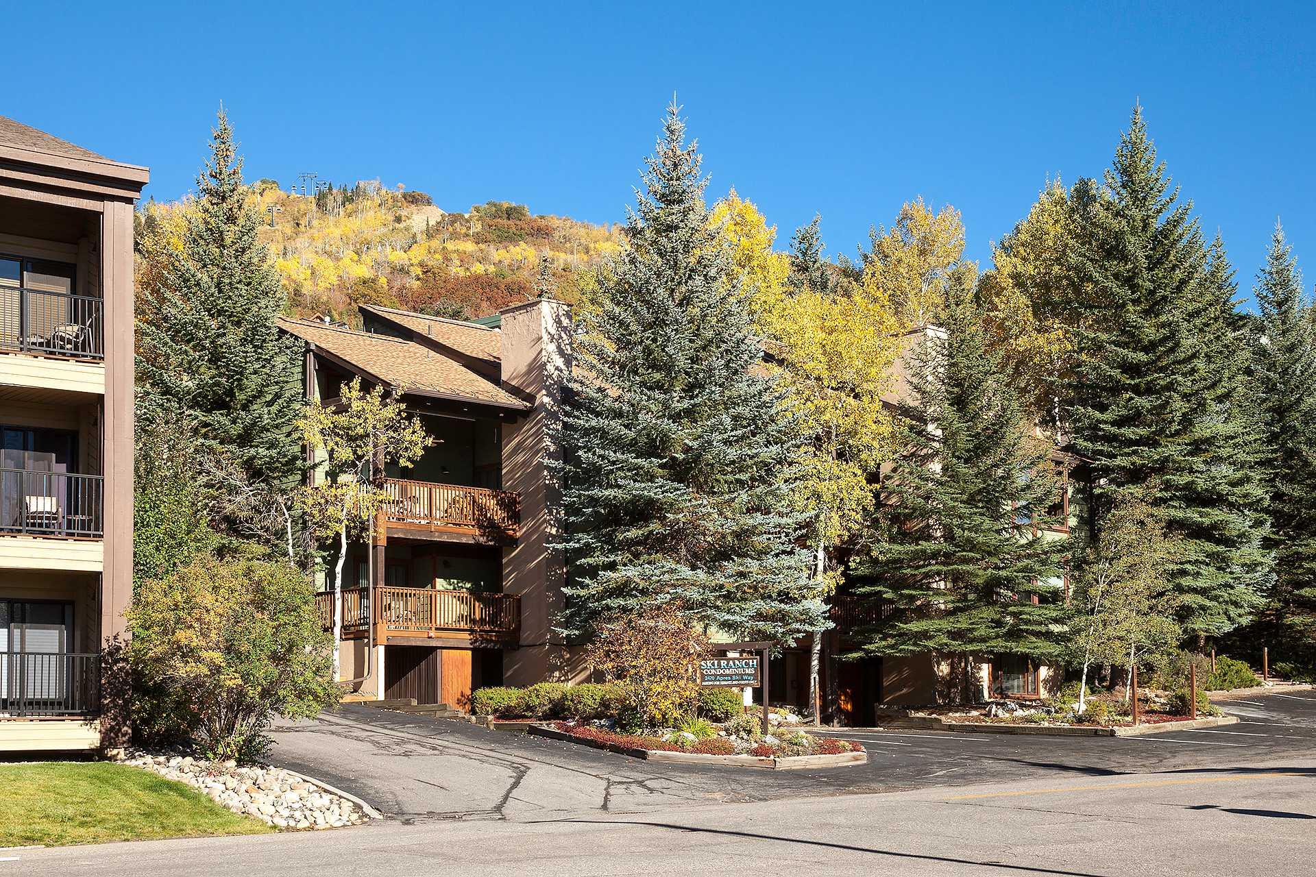 SR204 - Ski Ranch Condominiums