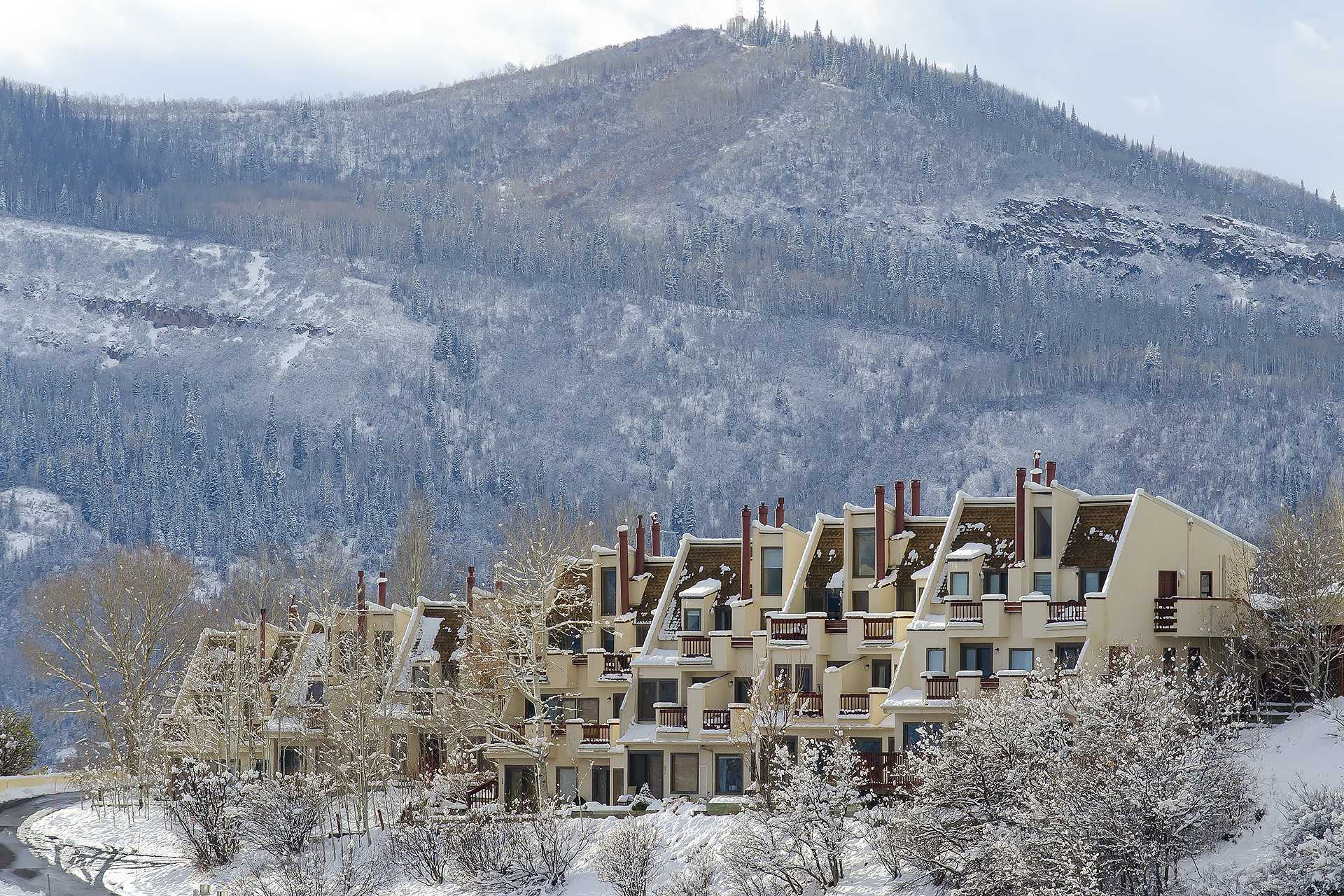 SW205 - Storm Watch Condominiums