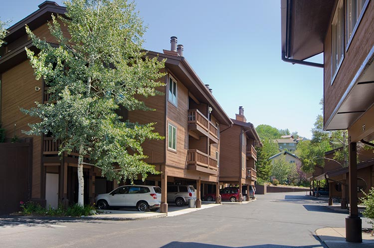 Sunrise condominiums steamboat springs vacation rental for Steamboat springs cabins for rent
