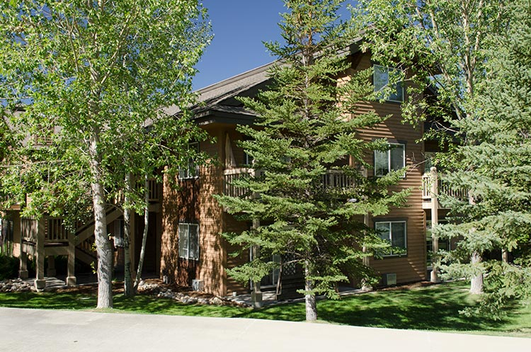 Villas at walton creek steamboat springs vacation rental for Cabin rentals near steamboat springs